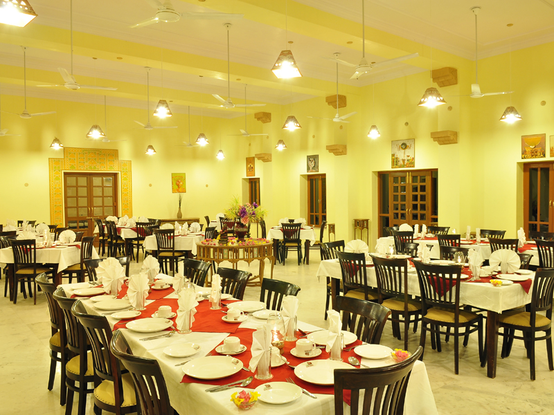 multi-cuisine restaurant jaisalmer