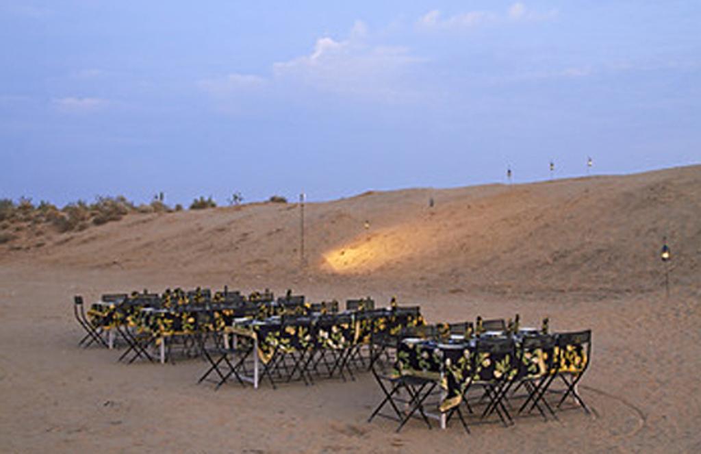 dinner on dunes